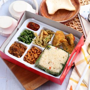 Catering Box Paket Gurame Salted Egg